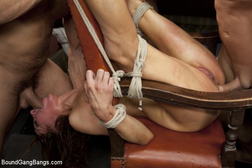 free bondage porno anal første gang