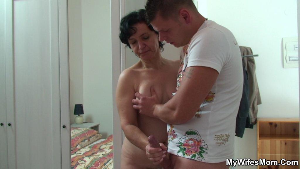 sexy amuteur indian milfs